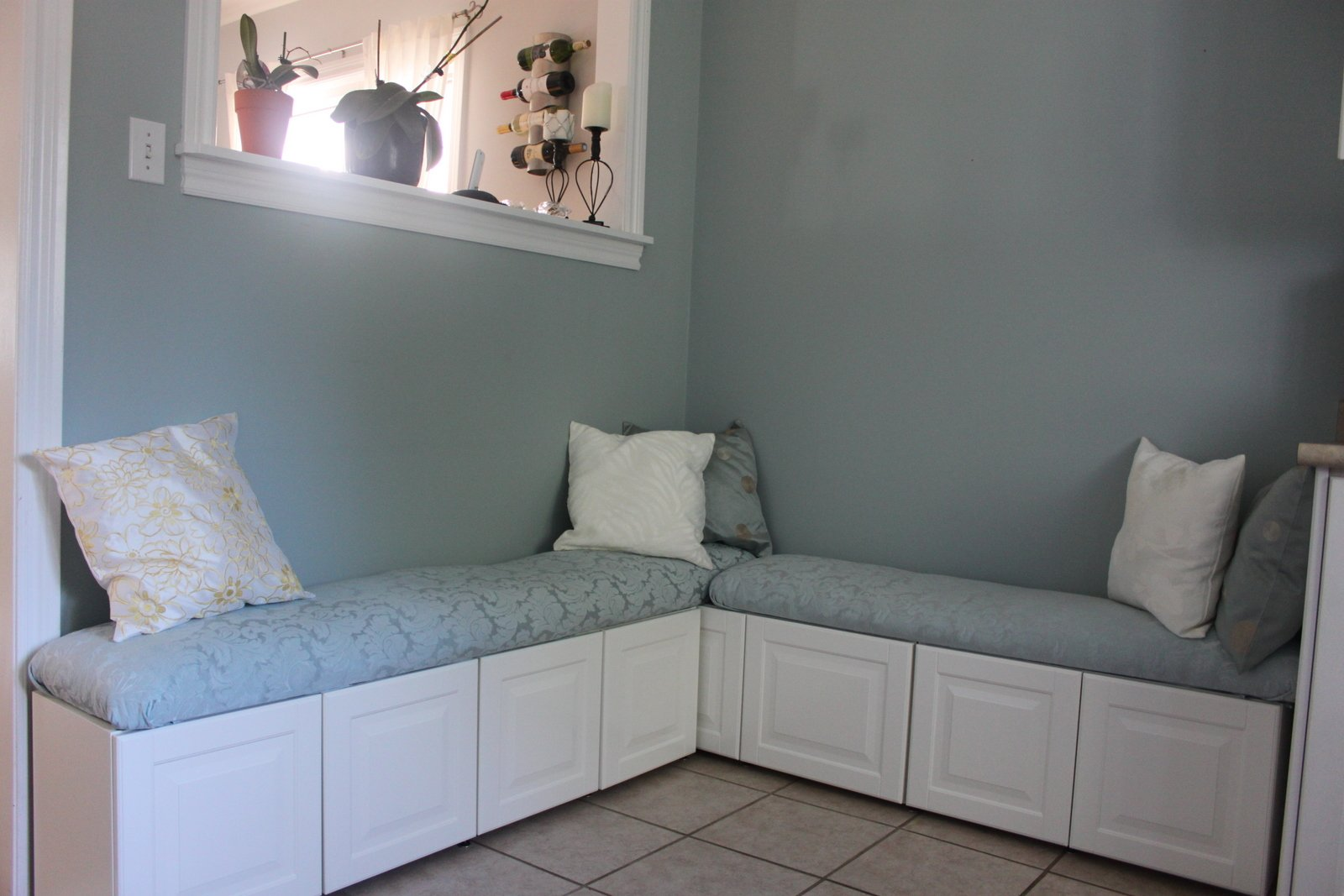 diy ikea hack banquette from lidingo cabinets banquette. Black Bedroom Furniture Sets. Home Design Ideas